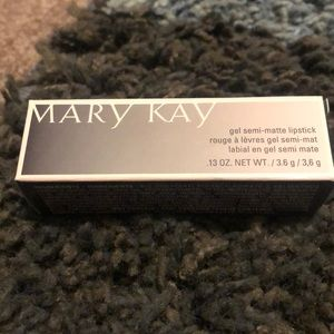 Mary Kay gel semi-matte lipstick 💄